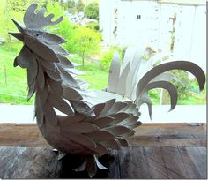 How to make a rooster with egg carton.