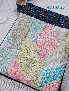 Free motion quilting, crossbody bag .