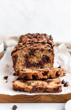 Simple one bowl almond flour banana bread packed with nourishing ingredients and sweetened only with bananas. This gluten free, grain free, dairy free and paleo banana bread will be your new favorite to bake when you have extra ripe bananas. Chocolate chips optional, but recommended! #almondflour #bananabread #healthybananabread