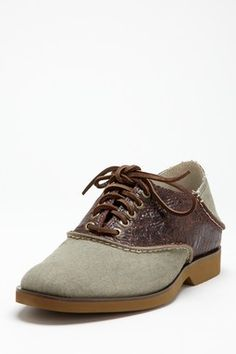 Boat Oxford Lace Up Saddle Shoe