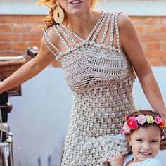 ❤❤🌸🌸Girls just wanna have fun 🌸🌸🌸❤❤ Bom dia sexta-feira!!! 🚲  #VanessaMontoroStyle #VanessaMontoroCrochet #Authentic #Luxury #HandMade #Crochet #FeitonoBrasil #MadeinBrazil #PositiveFashion