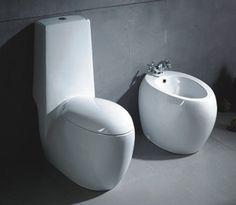 Simple pero deslumbrante, este diseño de líneas europeas es pura perfección para baños lujosos de impronta minimalista. Rectas, curvas y brillo extremo ofrecen glamour asegurado sin perder la simplicidad.