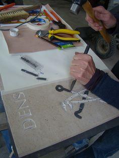Proces van het verwerken van lood in een ornament. Een oude Engelse techniek in een modern jasje!