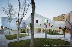 Casal de la Juventud de Crystalzoo arquitectos, Alicante (Spain).