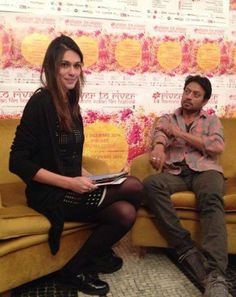 Marta Perego indossa laviniaturra per incontrare Irrfan Kahn.