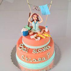Torta addio al nubilato.  hen party cake!  http://www.marypopcake.it/cakedesign-personalizzate/