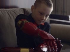 Get ready to have all the feels. Robert Downey Jr. helps a 7-year-old fan born with a partially developed right arm get a new, 3D-printed bionic Iron Man arm.