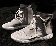 Adidas en collab' avec Kanye West donnent naissance aux Yeezy... http://mistergolightly.blogspot.fr/2015/02/adidas-en-collab-avec-kanye-west.html