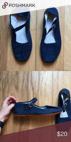 BRAND NEW Urban Outfitters BDG shoes Never been worn! BDG Shoes Flats & Loafers