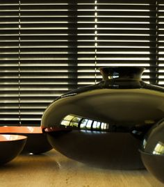 """as shown: 2"""" high gloss wood 
