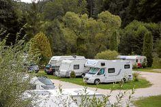 <p>Wer mit dem Wohnmobil in der fränkischen Schweiz unterwegs sein will, findet hier alle Stellplätze und Infos zu der Region.</p>