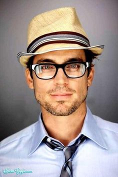 Love this nerdy look!