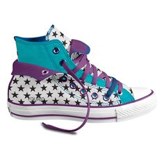 4b201ae07dd3 These are beautiful star Converse want these!
