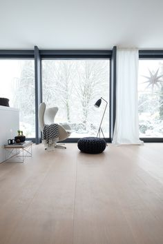 Modern Home Decor Interior Design Decor Interior Design, Modern Interior, Furniture Design, Interior Decorating, Room Interior, Decorating Ideas, Wood Parquet, Wooden Flooring, Home And Living