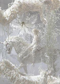 Escultura de papel unicornio, Odani Motohiko.