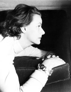 Greta Garbo, 1946. Photographed by Cecil Beaton  Source: vintagesonia