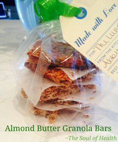 Super easy and healthy Almond Butter Granola Bars! YUM!