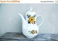 Vintage German Kahla porcelain teapot coffee pot with retro brown floral pattern - 1960's vintage kitchen - tea party - original vase idea