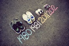 Just found out you're pregnant? Here are 10 ways to announce your pregnancy to family and friends!