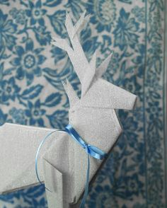 How To Make Paperless Origami. from: http://www.craftstylish.com/item/18994/how-to-make-paperless-origami#