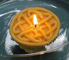 #Celtic floating heart candle Irish Christmas, Onion Rings, Celtic, Candles, Heart, Ethnic Recipes, Food, Candy, Meals