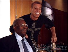 Eddie van halen with BB King at a Rolling Stone cover shoot for greatest guitar players