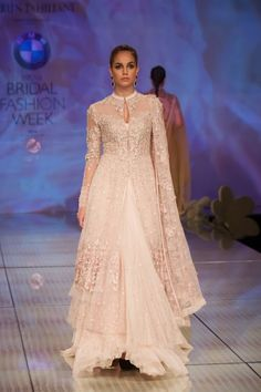 Fashion: Tarun Tahiliani Bridal Collection at India Bridal Fashion Week 2014