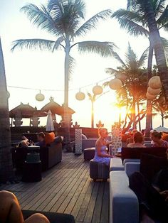 Viceroy Bali Rock Bar #Bali. Unforgettably Romantic Dining Experiences for the most #romantic Bali dining destination