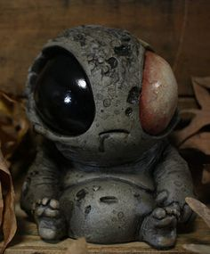 Monster Sculptures LOVE it!!! Cute and creepy!!
