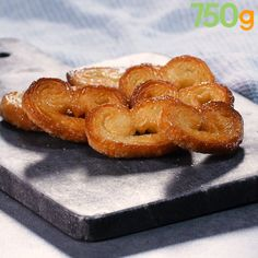Palmito ou palmiers maison – The Most Popular Filipino Desserts (With Pictures) Köstliche Desserts, Delicious Desserts, Mexican Dessert Recipes, Food Tags, No Cook Meals, Love Food, Cake Recipes, Soup Recipes, Bakery