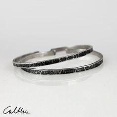 Set of 2 irregular silver bracelets, stacking metal mens bracelet, simple silver bangle for woman, narrow open adjustable bracelet