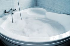 My favorite detox baths and explanations of benefits of each kind.  #detox #healthy