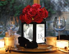 Illuminated table for wedding and event table displays, photos, guests, … - Diy Event Picture Wedding Centerpieces, Inexpensive Wedding Centerpieces, Banquet Centerpieces, Wedding Picture Frames, Wedding Table Flowers, Wedding Table Centerpieces, Wedding Decorations, Wedding Pictures, Centerpiece Ideas