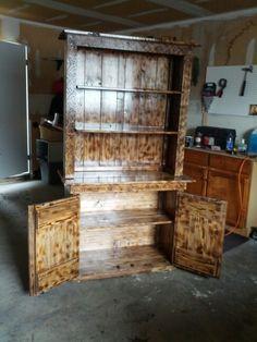 Fence board rustic cabinet. Fence Boards, Rustic Cabinets, Diy Furniture, Diy Crafts, Shelves, Home Decor, Shelving, Decoration Home, Room Decor