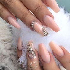 Dimonds Nails : Peachy Nude + Diamonds Long Coffin Nails - Buy Me Diamond Glam Nails, Hot Nails, Fancy Nails, Bling Nails, Nude Nails, Hair And Nails, Acrylic Nails, Bling Wedding Nails, Stiletto Nails