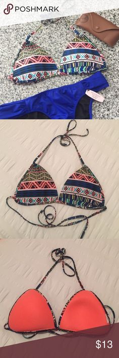 """Tribal Print Triangle Bikini Top ・Condition: excellent used condition - worn once  ・Fit: True to size  ・I cut the tags but I believe it's a S/M  💰 Price is firm. Please make all offers using the """"offer"""" button.  📦 Same or next business day shipping on all orders!  🚫 No trades, please! Forever 21 Swim Bikinis"""