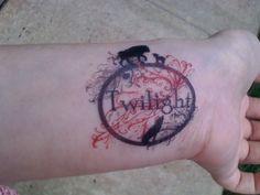 A pretty and temporary Twilight tattoo