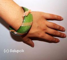 Brăţară verde auriu (12 LEI la galupcik.breslo.ro) Bangles, Bracelets, Rings For Men, Jewelry, Green, Men Rings, Jewlery, Jewerly, Schmuck