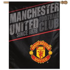 This vertical flag features the logos and colors of the Manchester United! Dynasty Sports has a large selection of soccer flags, banners, and pennants. Good Soccer Players, Best Football Players, Soccer Games, Play Soccer, Manchester United Premier League, Soccer Accessories, Soccer Flags, Running Drills, Premier League Soccer