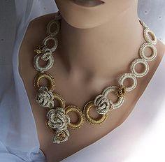 Crochet Necklace Ideas by Crochet Necklace Pattern, Crochet Jewelry Patterns, Crochet Bracelet, Bead Crochet, Crochet Accessories, Crochet Lace, Crochet Earrings, Crochet Ideas, Textile Jewelry