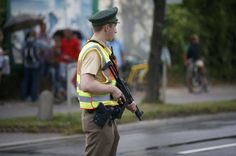 Alemania había sufrido numerosos ataques terroristas, pero ninguno comparable a los que han sembrado el caos en París, Bruselas o Niza en el http://blgs.co/3556Ni