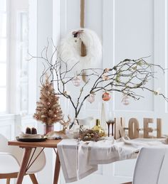 Delightful Christmas Decorations From Domayne: Top 3 Themes - Domayne Style Insider Grinch Christmas Decorations, Christmas Branches, Christmas Porch, Christmas Themes, Christmas Holidays, Holiday Decor, Contemporary Christmas Trees, Coffee Table Centerpieces, Tinsel Tree