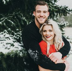 witney carson engagement pictures more christmas pictures for couples
