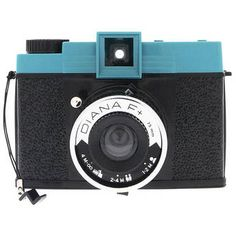 Lomography Diana+ - Both inexpensive and artistic :) Summer hobbies here I come!