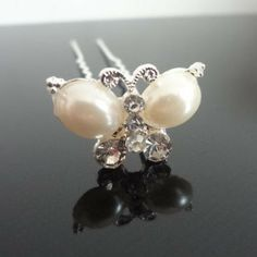 50pcs/lot Free Shipping Crystal Pearl Butterfly Hair Pins. Wedding Party Bridal Hair Jewelry. White Woman fashion Hair clips $24.75