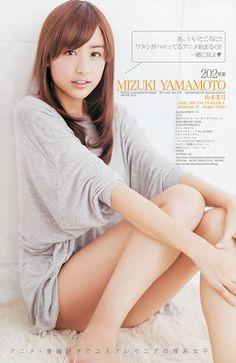 mincang:    モデルの山本美月ってオタクなのに超かわいいから画像で紹介するわ!!【まどかマギカコスプレ、CM、父親、部屋など】: もきゅ速(*´ω`*)人(´・ェ・`)