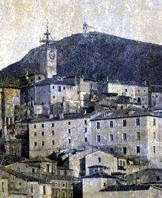 Vista de la ermita del Perpetuo Socorro. Cuenca Paris Skyline, Magic, Travel, World, Vintage Postcards, Antique Photos, Cities, Viajes, Destinations