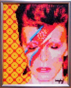 Bowie in beads Aladdin Sane, bitart, David Bowie, Fuse Beads, fusebeads, Hama, Hama beads, iron beads, nabbi, pärlplatta, Pärlplattor, Perler, Perler Beads, Photo Pearls, photopearls, pixel art