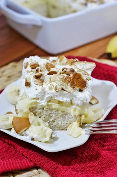 The Kitchen is My Playground: Banana Pudding Icebox Cake {Dang, it's good}