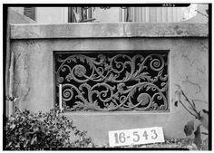 Cast iron vent - Grey Columns